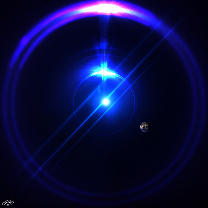 sandro universe light